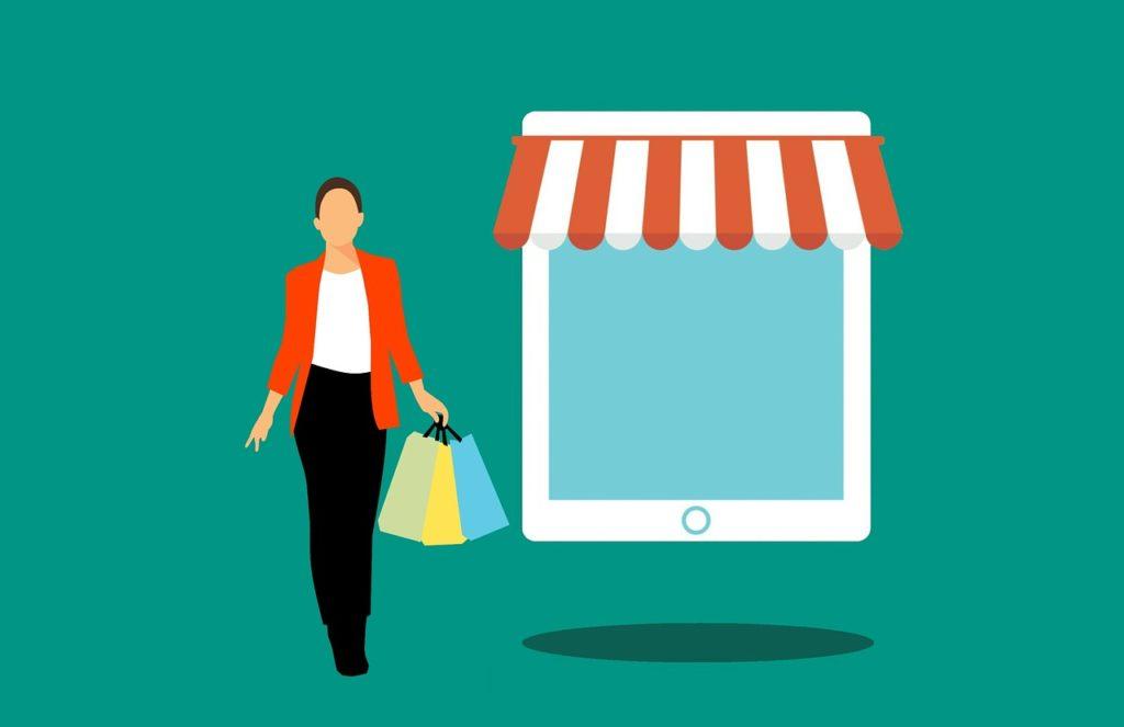 オンラインショッピングをする女性の画像
