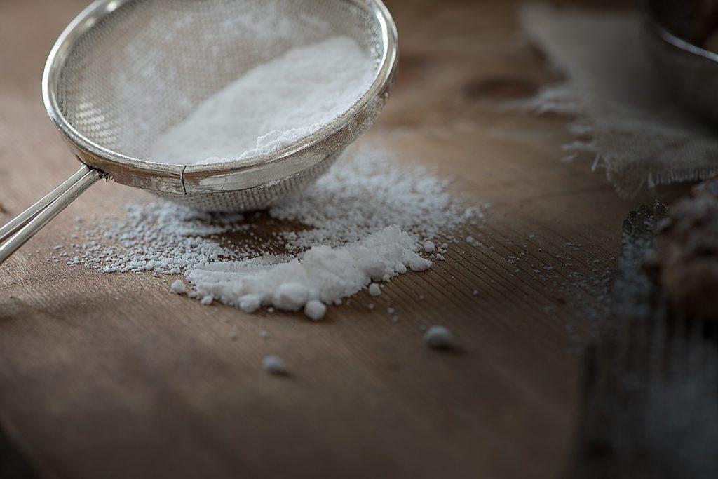 白い粉の画像