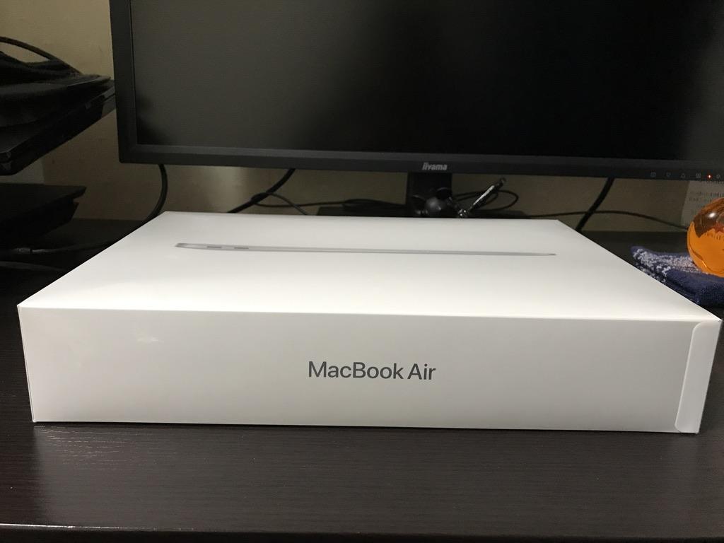 MacBook Air2020の外箱の側面1